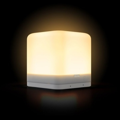 lucis_lite_frosted_ice_white_portable_lamp3
